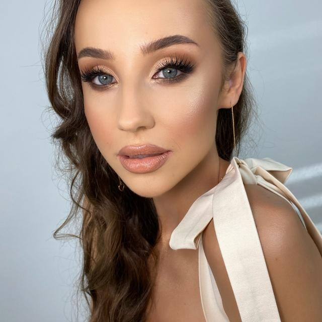 Kurs makijażu online - soft makeup look by Magdalena Sak